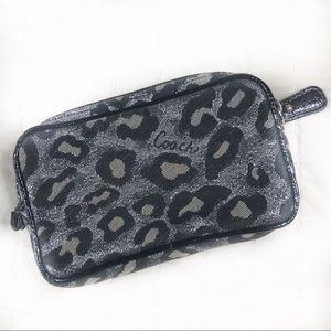 Coach Wallet Leopard Print Grey Black key and card
